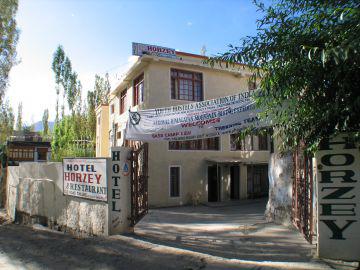 Hostel Hotel Horzey